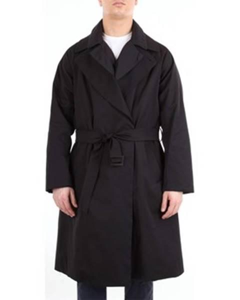 Čierny kabát Hevò